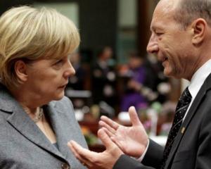 Merkel catre Basescu: Vom avea grija ca recapitalizarea bancilor europene sa nu aiba un impact negativ asupra Romaniei