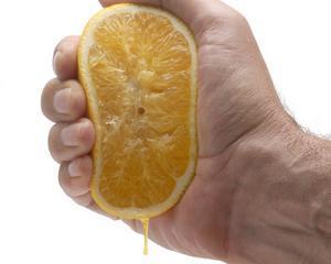 Orange Romania, amendata cu 10.000 de lei de catre Protectia Consumatorului Cluj