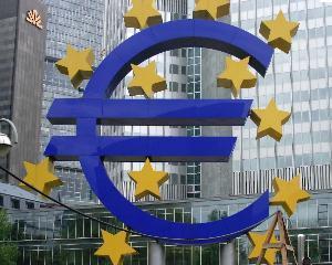 Zona Euro - deficit comercial de 7,7 miliarde de euro