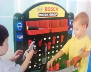 Copilul tau este pasionat de bricolaj? Bosch va face demonstratii, dedicate celor mici, cu scule electrice in 21 de magazine Dedeman