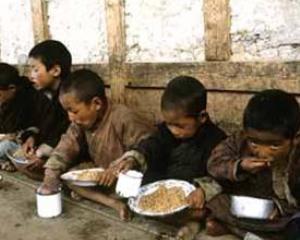 Coreea de Nord da armele nucleare pe alimente