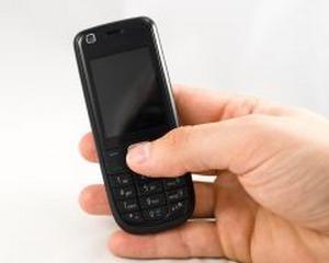 Vanzarile de telefoane mobile in 2012: Prima scadere din 2009 incoace