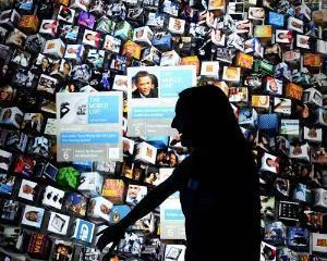 CES 2012: Tablete, laptopuri ultrasubtiri si telefoane inteligente