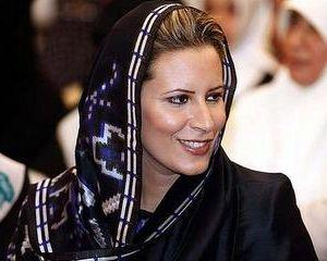 Aisha Gadhafi, Claudia Schiffer a Nordului Africii, jura ca tatal ei nu-si va da demisia