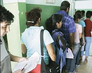 Spania va restrictiona accesul pe piata muncii pentru romani