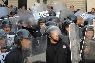 Tunisia: Politia a tras in multime si a ucis 2 oameni