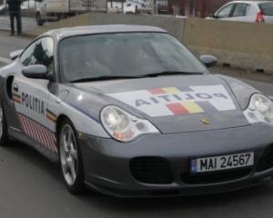 Politia rutiera foloseste un Porsche 911 Turbo confiscat de la traficantii de droguri