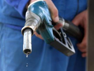 In Romania, tara cu productie interna de petrol, benzina s-a scumpit cu 25% in 2010