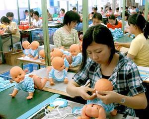 Una din zece jucarii de pe piata chineza este periculoasa