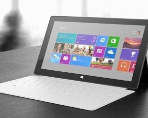 Microsoft confirma problemele tastaturii tabletei Surface si va inlocui unitatile cu probleme