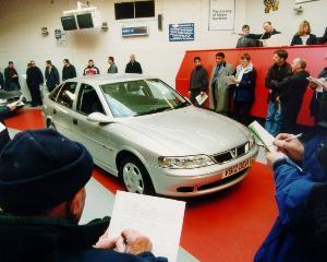 Primul site din Romania de licitatii auto online cu pret descrescator