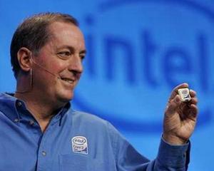 Procesoarele Intel isi vor face loc in telefoanele mobile la inceputul anului viitor