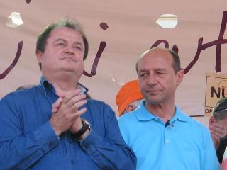 Basescu il sfatuieste pe Blaga sa-si potoleasca