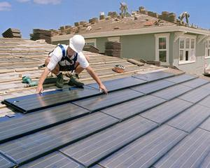 Productia de energie solara din Europa valoreaza pentru chinezi 10 miliarde de dolari