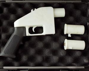 Prima arma realizata cu ajutorul unei imprimante 3D, expusa in cel mai mare muzeu de design din lume