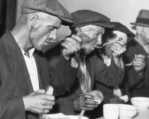 Lectia de istorie: Criza de azi versus criza din anii '30