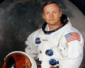 Lectia succesului predata de Neil Armstrong