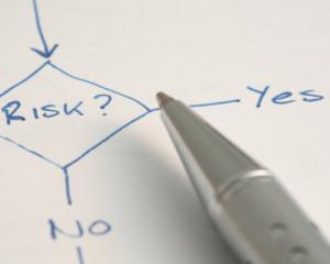 Societe Generale: Cele 2 mari riscuri cu care se confrunta economia globala