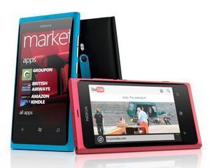 In sfarsit: Nokia a prezentat primele sale doua telefoane cu Windows Phone - Lumia 800 si Lumia 710