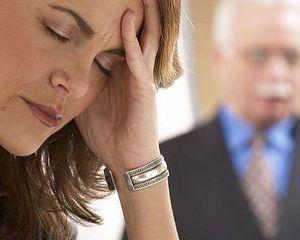 Tinerii sunt campionii stresului la locul de munca