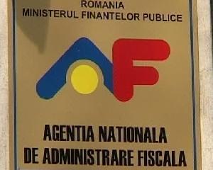 Sute de angajati ai Fiscului nu vor mai lucra in sistemul finantelor publice
