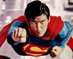 Discovery cauta zece Supermani romani