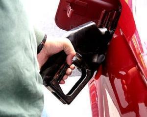 STUDIU: O treime din firmele romanesti achizitioneaza zilnic carburanti. Calitatea combustibililor este mai importanta decat pretul