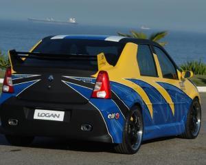Dacia Logan concureaza cu Mercedes SLS, Maybach, Porsche Cayenne si Nissan 350Z pentru titlul de
