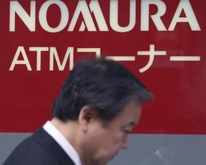 Nomura Holdings, cea mai mare companie de brokeraj din Japonia, a taiat salariile sefilor cu 38%