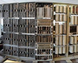 A fost repornit cel mai batran calculator digital din lume