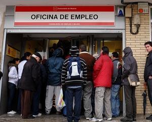 Comisia Europeana a aprobat cererea Spaniei de a restrictiona accesul lucratorilor romani