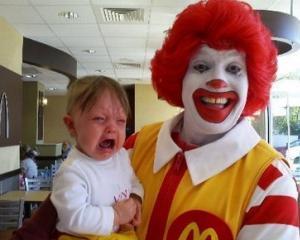 ONG-urile vor sa-l interzica pe clovnul Ronald McDonald