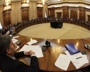 Angajarile in sistemul bugetar nu vor fi deblocate