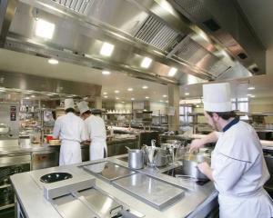 Secretele restaurantelor: de ce este bine sa iti pui pofta-n cui