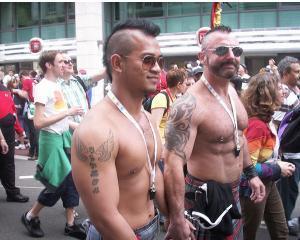 Ministri si diplomati, participanti la marsul homosexualilor