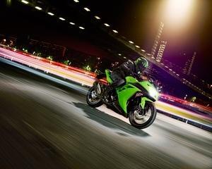 Kawasaki se lauda cu trei noi modele de motociclete