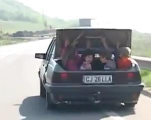 Un filmulet cu un sofer roman care circula cu patru copii in portbagajul masinii face inconjurul lumii