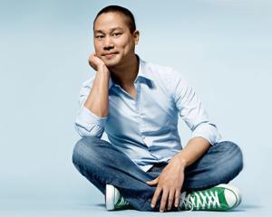 Tony Hsieh vrea sa schimbe orasul Las Vegas cu 350 milioane de dolari