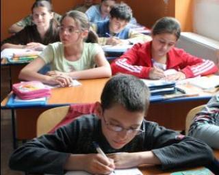 Noua Lege a educatiei: Copiii incep scoala la 6 ani, invatamant obligatoriu timp de 10 ani