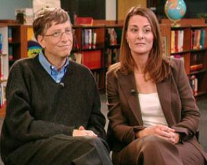 Bill Gates a donat aproape 27 milioane de dolari bibliotecilor din Romania