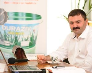 Duraziv a vandut vopsele de 1,7 milioane euro in zece luni