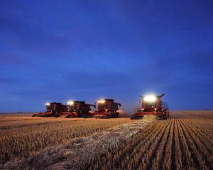 Ministru german: Romania poate fi alaturi de marile puteri agricole ale Europei. Suntem insa in urma cu 50 de ani