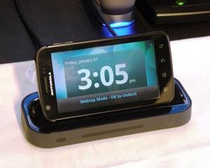 Motorola Mobility si Cosmote lanseaza telefonul Motorola Atrix in Romania