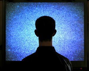 O ora in fata televizorului va poate scurta viata cu 22 minute