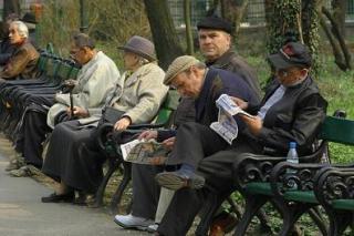 Impozit pe sanatate, doar pentru cei cu pensii peste 740 lei