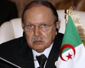 Algeria inlatura starea de urgenta, dupa 19 ani