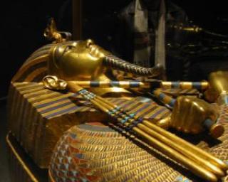 Hotii au distrus doua mumii din Muzeul Egiptean