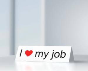 Editorial Lacramioara Vidru: Bucuria de a munci