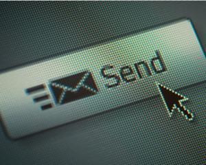 Seful uneia din cele mai mari companii IT europene a declarat email-ul un serviciu mort