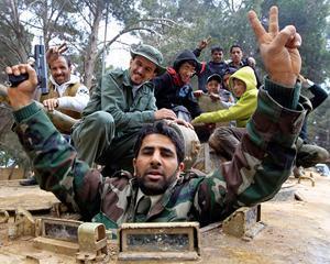 Obama: Gadhafi trebuie sa plece! Interventia militara este o posibilitate